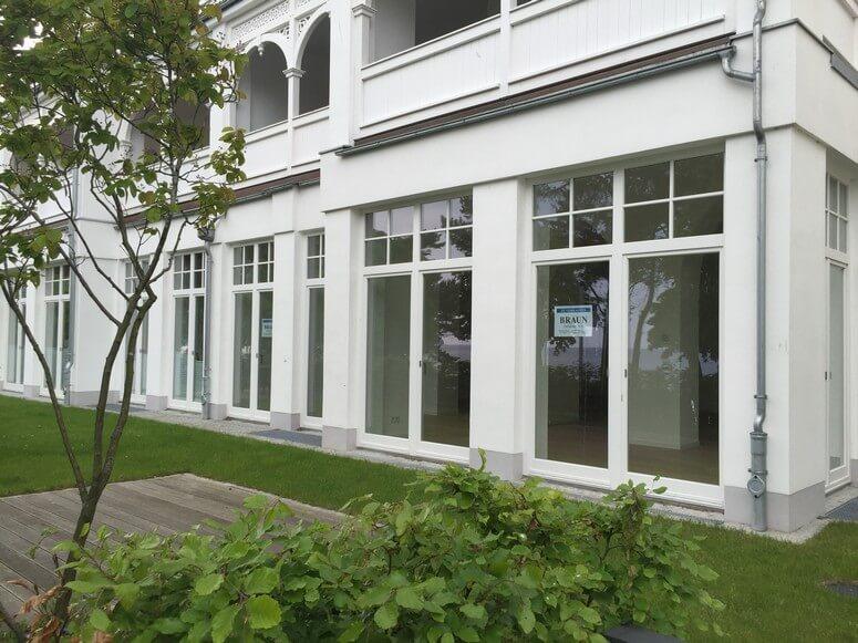 Ansicht der Villa Seeblick mit Garten