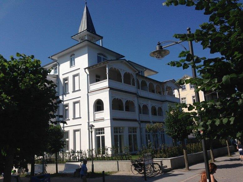 Villa Seeblick Binz von der Promenade aus gesehen